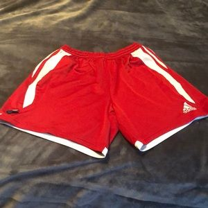 ⚽️Red/white adidas soccer shorts⚽️